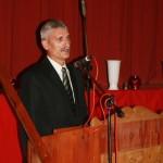 Polgármester beszédet mond