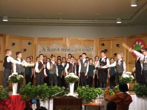 Március 15-i ünnepi műsor, gyerekek előadása